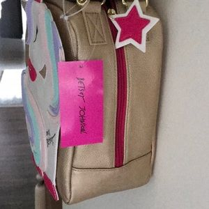 Betsey Johnson Bags - Insulated Betsey Johnson unicorn lunch tote